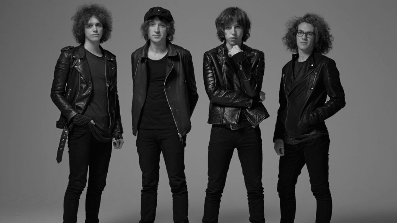 Catfish And The Bottlemen Announce Fall Festival Sideshows 2016